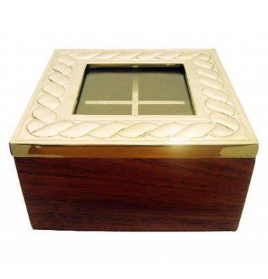 TE BOX
